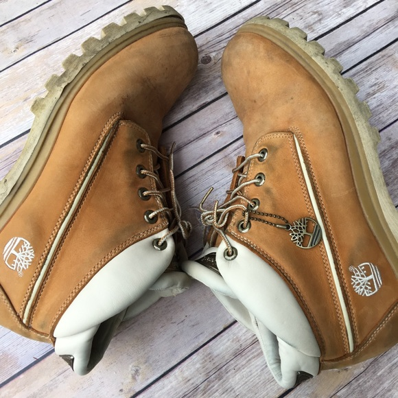 Timberland Windchill Chukka boot wheat &white trim
